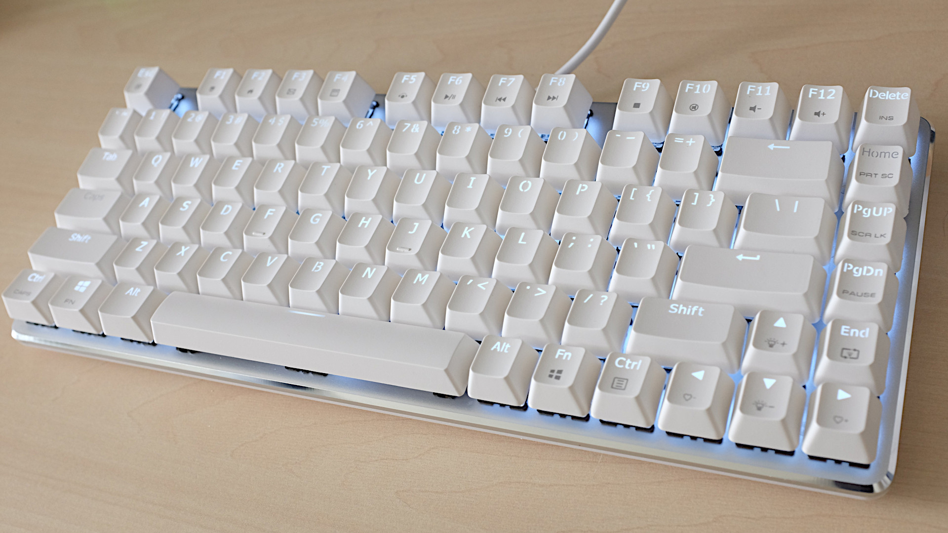 Magicforce 82 met Gateron Greens